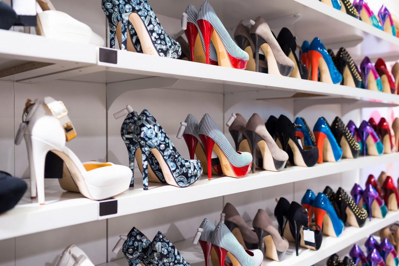 Begagnad butiksinredning på gott och ont